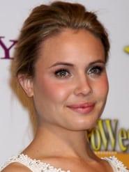 Leah Pipes Profile Image
