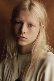 Image Hunter Schafer