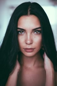 Caitlin Burles profile image 1