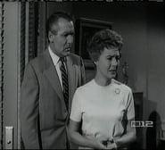 Perry Mason Season 6 Episode 26 : The Case of the Skeleton's Closet