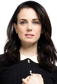 Mia Kirshner Profile Image