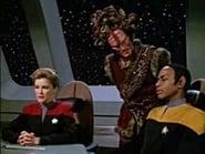 Star Trek: Voyager Season 2 Episode 14 : Alliances