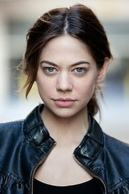 Image Analeigh Tipton