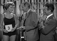 Perry Mason Season 3 Episode 10 : The Case of the Lucky Legs