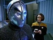 Star Trek: Voyager Season 2 Episode 13 : Prototype