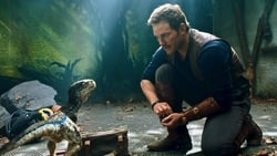 Trailer latino Pelicula Jurassic World: El reino caído
