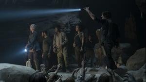 The Walking Dead Season 10 :Episode 9  Squeeze