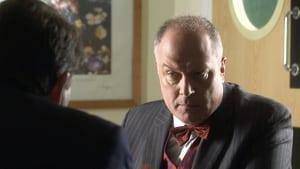 Doctors Season 16 : Three's a Crowd