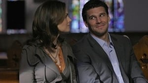 Bones Season 2 : Aliens in a Spaceship