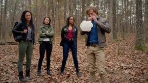 MacGyver Season 3 :Episode 15  K9 + Smugglers + New Recruit