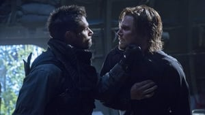 Arrow Season 1 : Betrayal