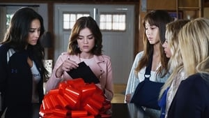 Pretty Little Liars Season 7 : Playtime