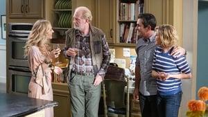 Modern Family Season 11 :Episode 8  Tree's a Crowd