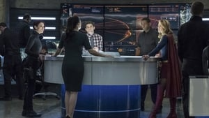 Supergirl Season 3 : Trinity