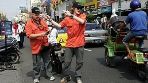 The Amazing Race Season 19 :Episode 2  The Sprint of Our Life (Indonesia)