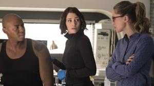 Supergirl season 2 Episode 12