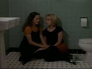 Beverly Hills, 90210 season 5 Episode 13