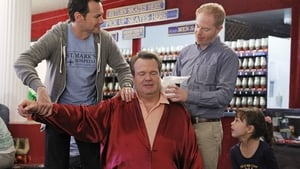 Modern Family Season 4 :Episode 22  My Hero