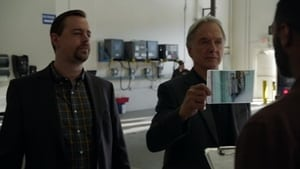 NCIS Season 15 : One Step Forward