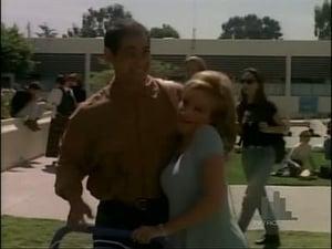 Beverly Hills, 90210 season 5 Episode 30