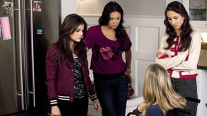 Pretty Little Liars Season 1 : Salt Meets Wound