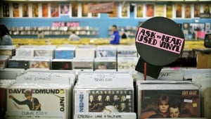 watch Soundtracks: Songs That Defined History online