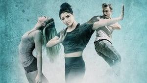 Sob a Luz da Fama: Acampamento de Dança Dublado Online
