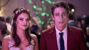 Obligatory High School Dance Episode