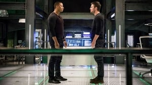 Arrow Season 6 :Episode 17  Compagni d'armi