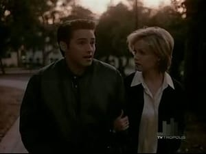 Beverly Hills, 90210 season 5 Episode 22