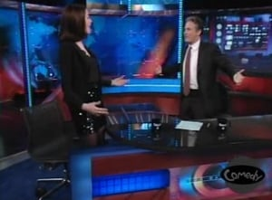 The Daily Show with Trevor Noah Season 13 : Anne Hathaway