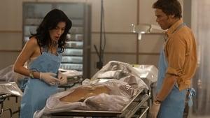 Dexter 2. Sezon 4. Bölüm izle