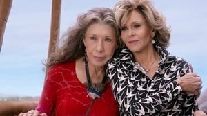 Grace and Frankie 3. Sezon 13. Bölüm izle