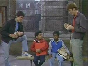 Diff'rent Strokes Season 4 :Episode 17  Crime Story (Part 1) (a.k.a.) Crime in the Schools