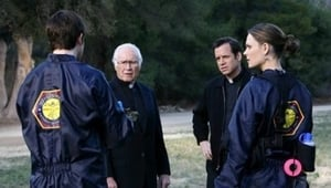 Bones Season 2 : The Priest in the Churchyard