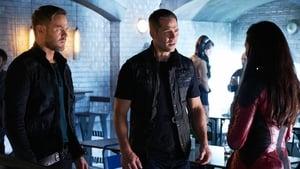 Seriale HD subtitrate in Romana Killjoys Sezonul 4 Episodul 10 Episodul 10