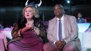 Baskets Season 3 : A Night at the Opera