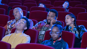 black-ish Season 5 :Episode 8  Christmas in Theater Eight