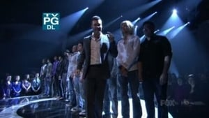 Top 12 Guys Perform