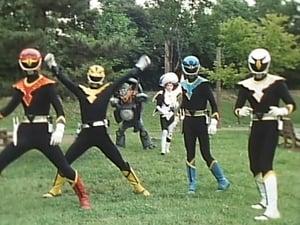 Super Sentai Season 15 :Episode 25  The Laughing Shadow-People