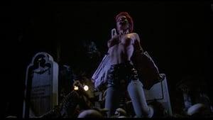 Captura de El regreso de los muertos vivientes (1985) 1080p Latino