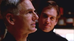 NCIS Season 1 :Episode 10  Left for Dead