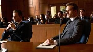 Suits : Avocats sur Mesure saison 5 episode 15