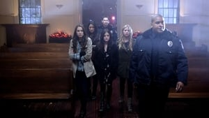 Pretty Little Liars Season 1 : For Whom The Bell Tolls