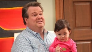 Modern Family Season 2 :Episode 8  Manny Get Your Gun