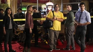 Episodio TV Online Scorpion HD Temporada 1 E4 Faltos de personal