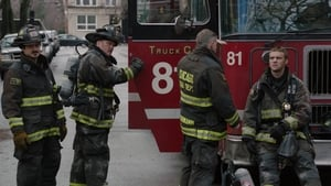 Chicago Fire Season 1 :Episode 16  Viral