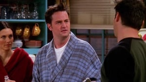 Friends Season 6 : The One Where Chandler Can't Cry
