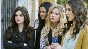 Pretty Little Liars Season 2 : If These Dolls Could Talk