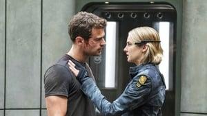 Captura de Divergente la Serie: Leal